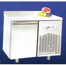 Хладилна маса среднотемпературна 1 врата, темп.- 2°С /+8°С , 93,5х70х85 см. - Модел GM BGN1